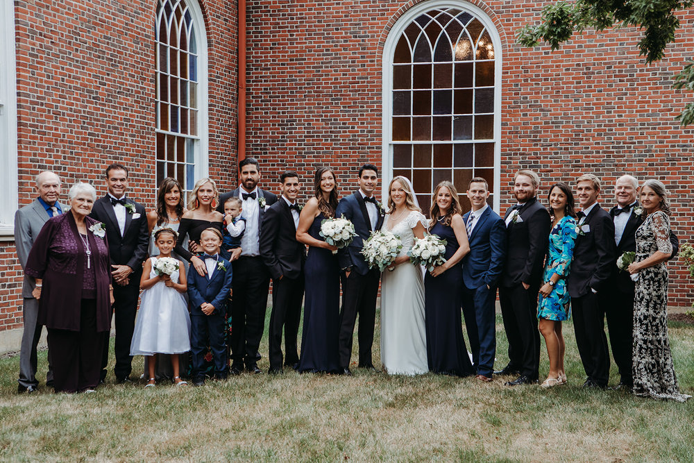 family-2018155425.jpg