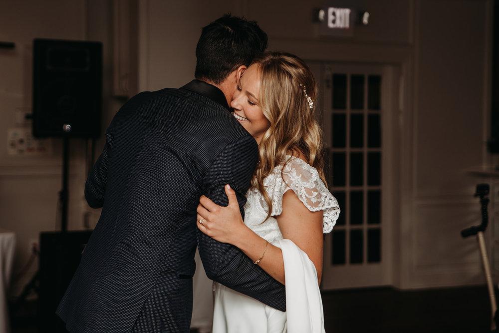 dances-bouquet-reception-2018184717.jpg