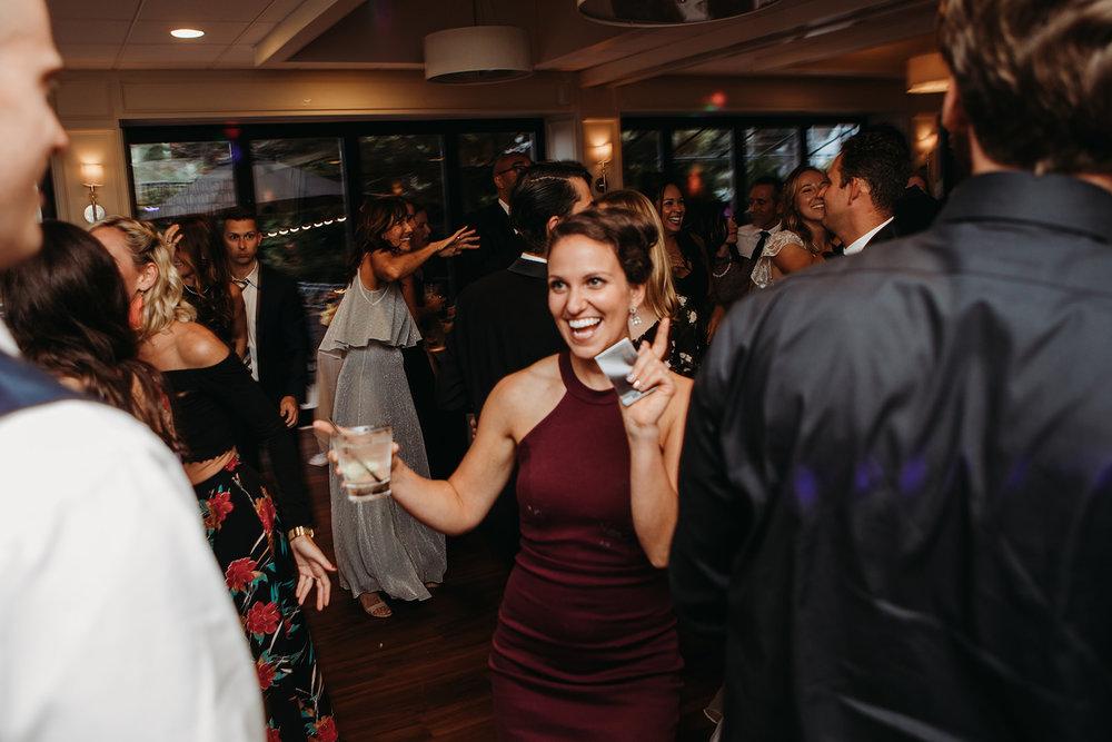 dances-bouquet-reception-2018184914.jpg