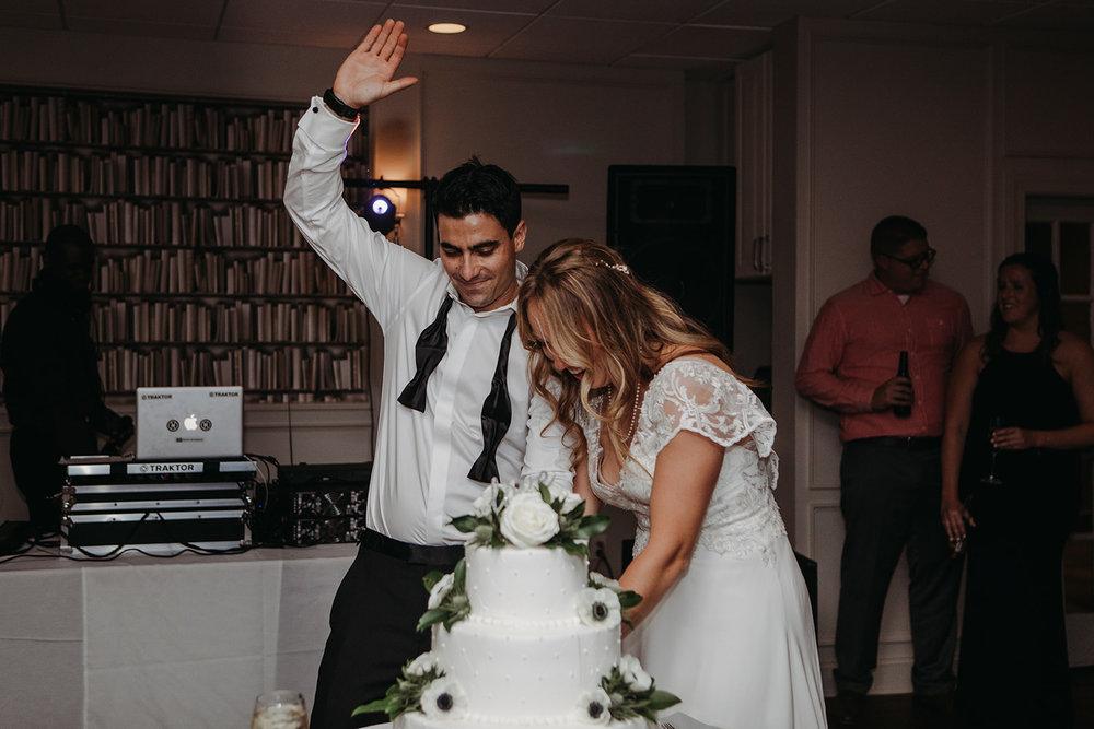 dances-bouquet-reception-2018192909.jpg