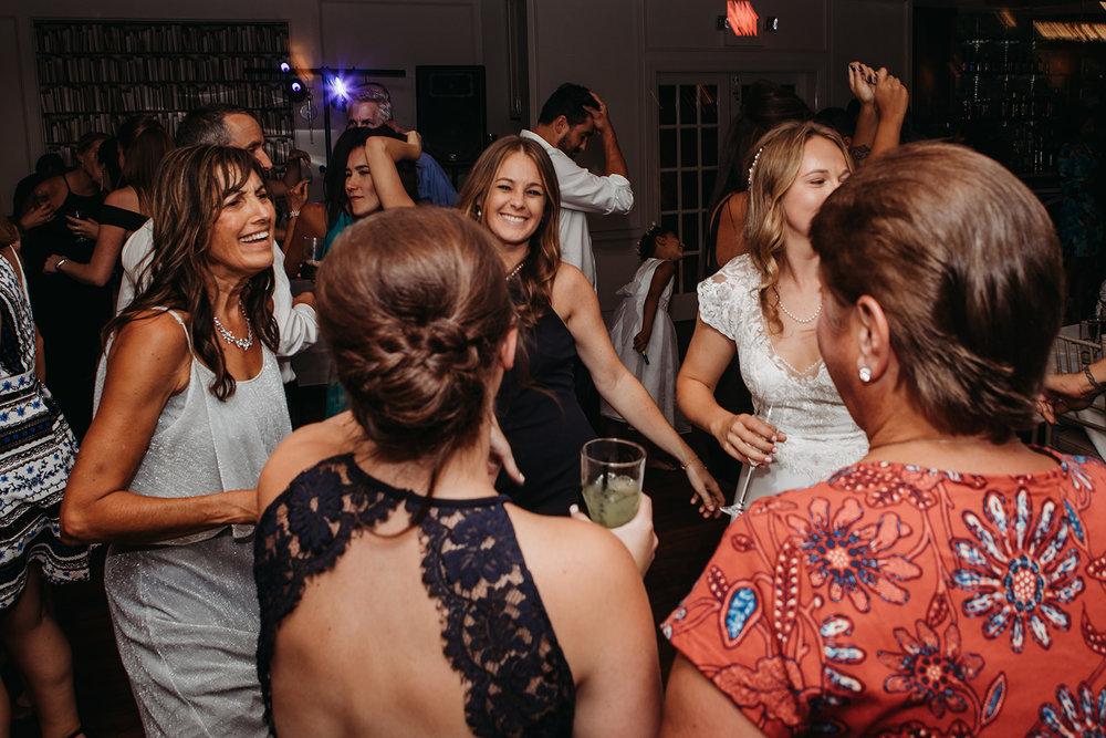 dances-bouquet-reception-2018193715.jpg