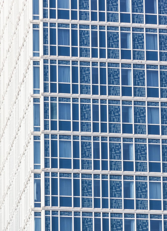 03_ Mondrian.jpg