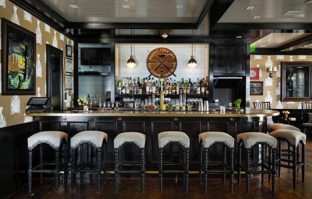 02_BaronsCove_Restaurant.jpg