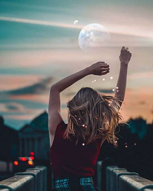 A world so alien hidden behind your eyes  Feat. @shagushka  #moodylover #ourportraitdays #ukportraits #portrait_nyc #portraits_mf #portraittpage #portraitvision_ #doports #portraitmode #nextvisualportraits #scottishphotographer #benjamin_ellis_ #bravogreatphoto #photos_dailydose #portsinspired #portrait_ig #worldportraits #777luckyfish