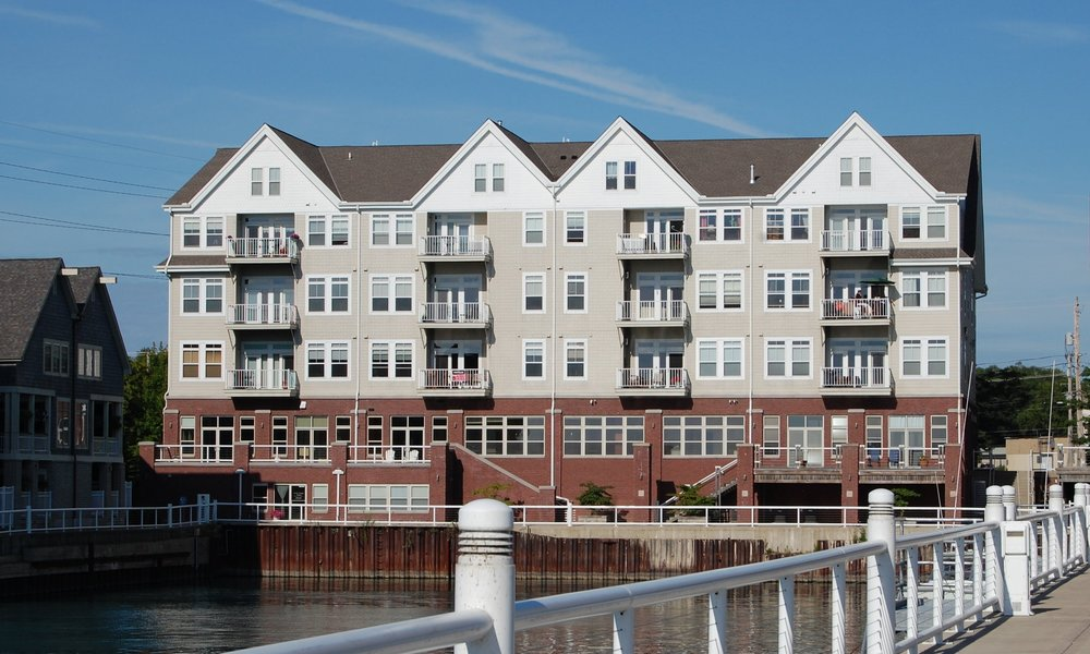 Harbor Square Condominiums - Port Washington, WI