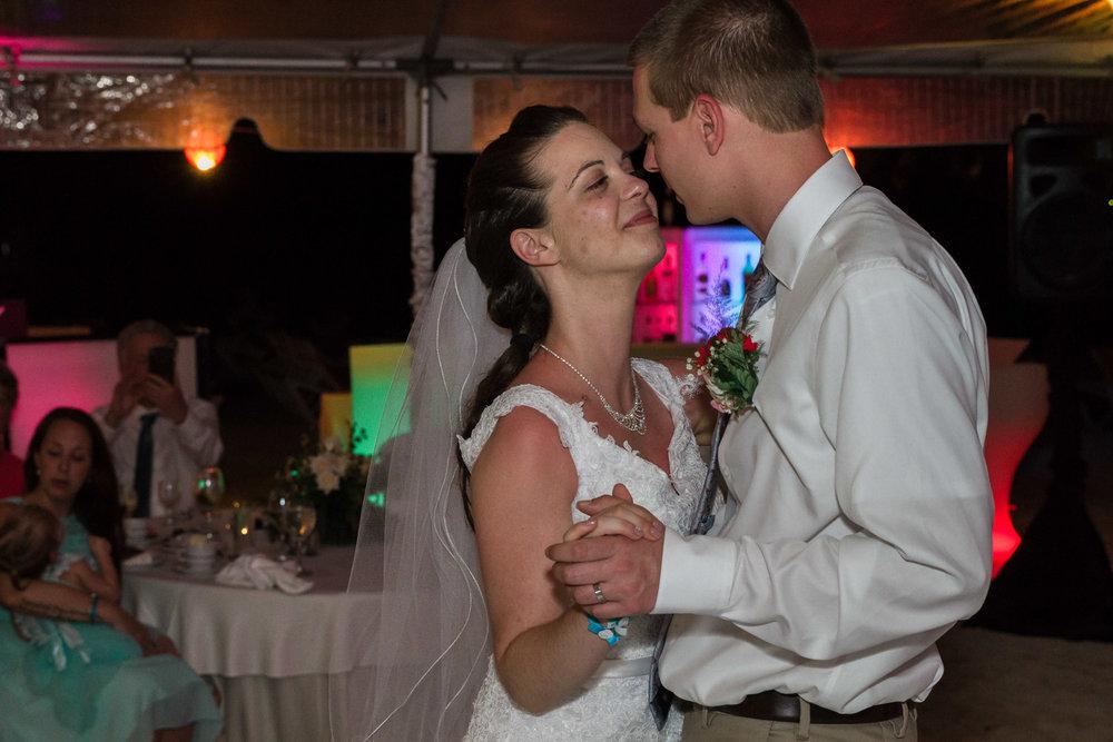 Montreal Wedding Photographer-Mandy & Randy (4 of 7).jpg