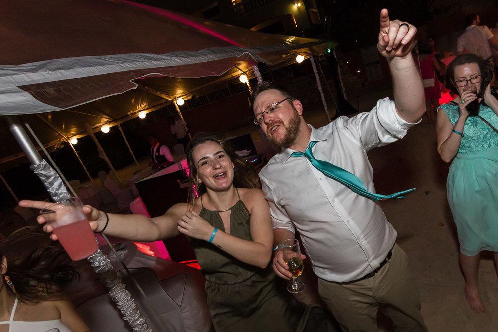 Montreal Wedding Photographer-Mandy & Randy (6 of 7).jpg