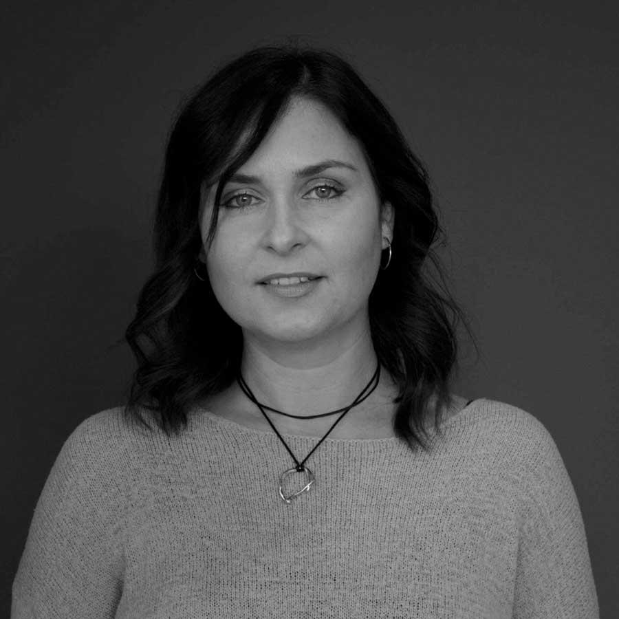 Katya Jankowski |Senior Interior Designer - katya@sitelines.ca