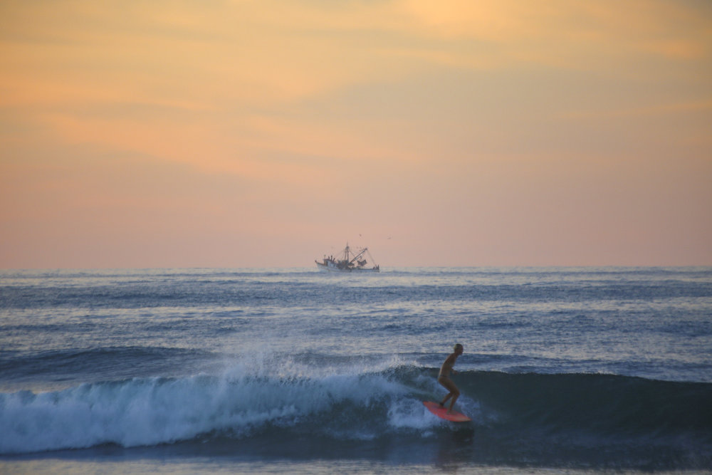 sayulita-surfer.jpg