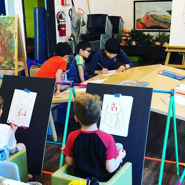 """To start off Andy Warhol week, our students built an easel out of our @antsypantsplay set! This worked great especially as we sang along to our """"Pop Goes the Easel"""" cd from the @themuseumofmodernart #creativekids #preschoolart"""