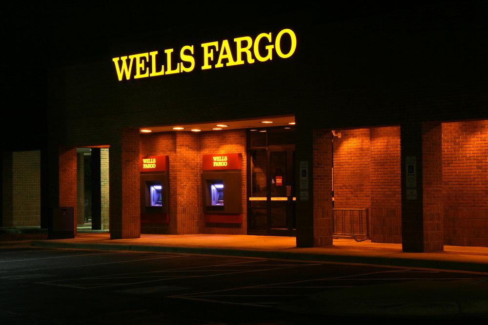 2011-11-22_Wells_Fargo_ATMs_lit_at_night.jpg