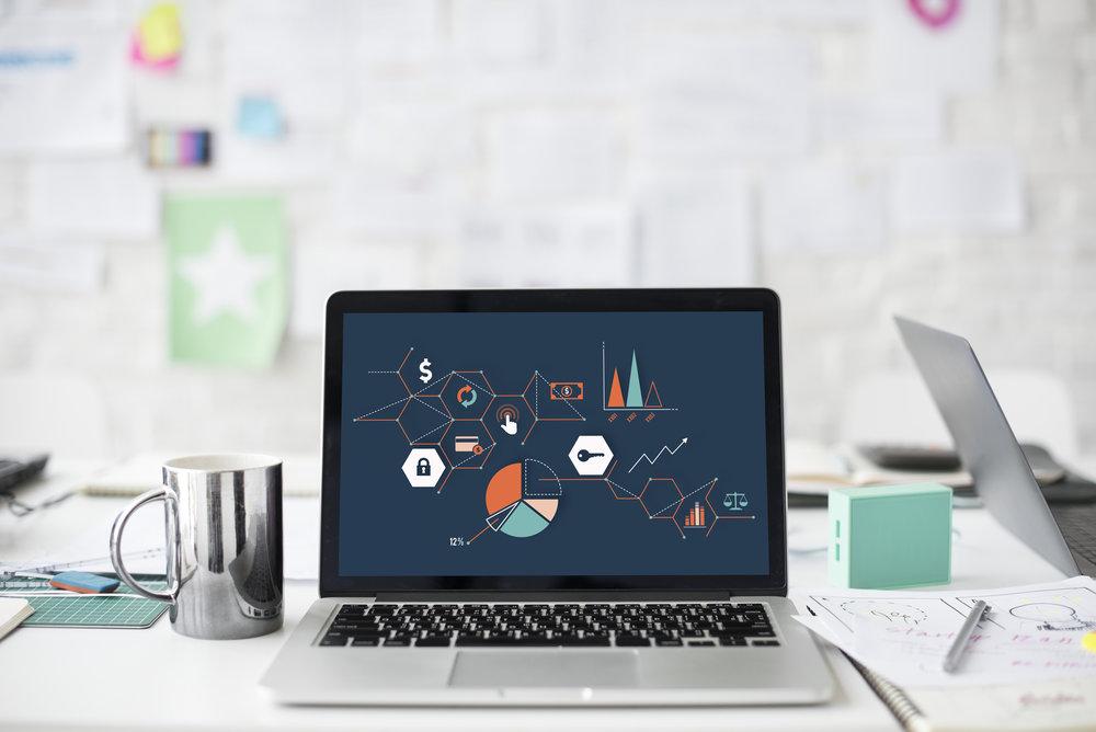 SEO Analyse - Die Analyse Ihrer Webseite mit Google Analytics ist die wichtigste Voraussetzung zur Optimierung. Da Analytics für größere Seiten meist nicht ausreichend implementiert ist, muss es je nach Anforderung von einem professionellen Team angepasst werden.Zur späteren Auswertung steht Ihnen unser qualifizierter Data Scientist zur Verfügung, um Ihnen bei komplexen Auswertungen, Interpretationen und Visualisierung der Daten zu helfen.
