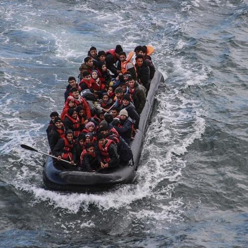 2018-11-27-refugeeslesbos.jpg