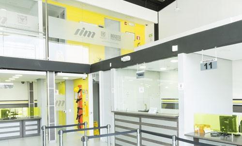 Servicios de Tránsito SIM Bogotá - Somos parte de la concesión SIM (Servicios Integrales para la Movilidad), para la prestación de los servicios administrativos del registro distrital automotor, de conductores y tarjetas de operación