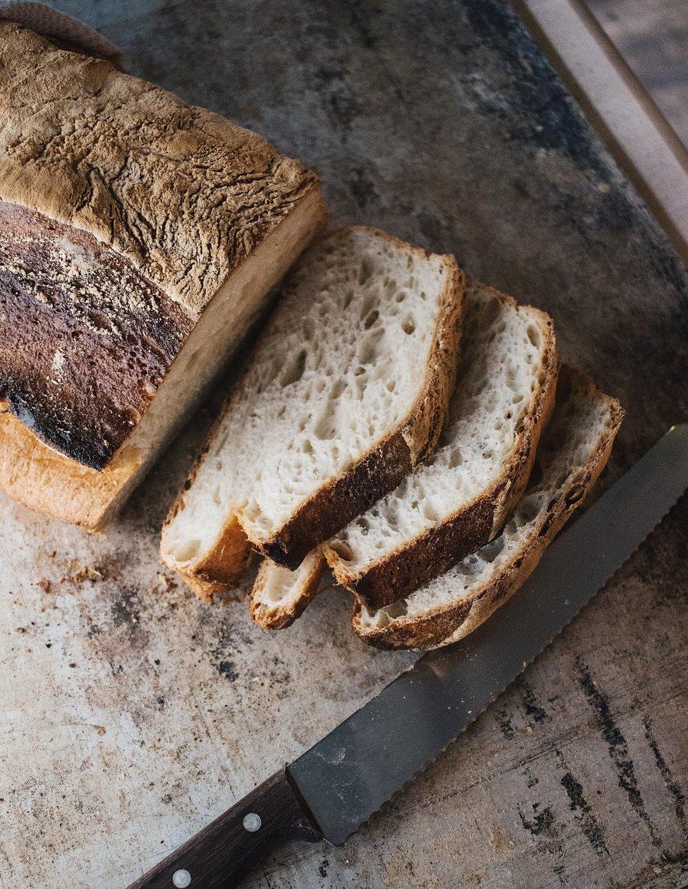 Bröd-vi bakar bröd av högsta kvalite från vår stenugn -