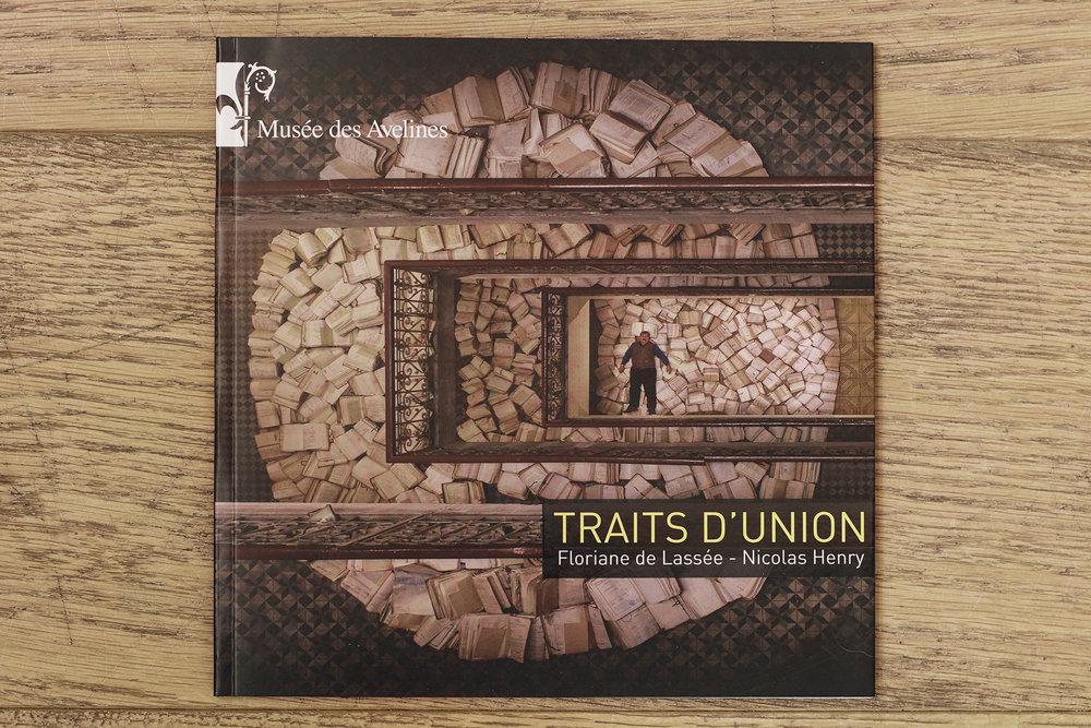 - traits d'union