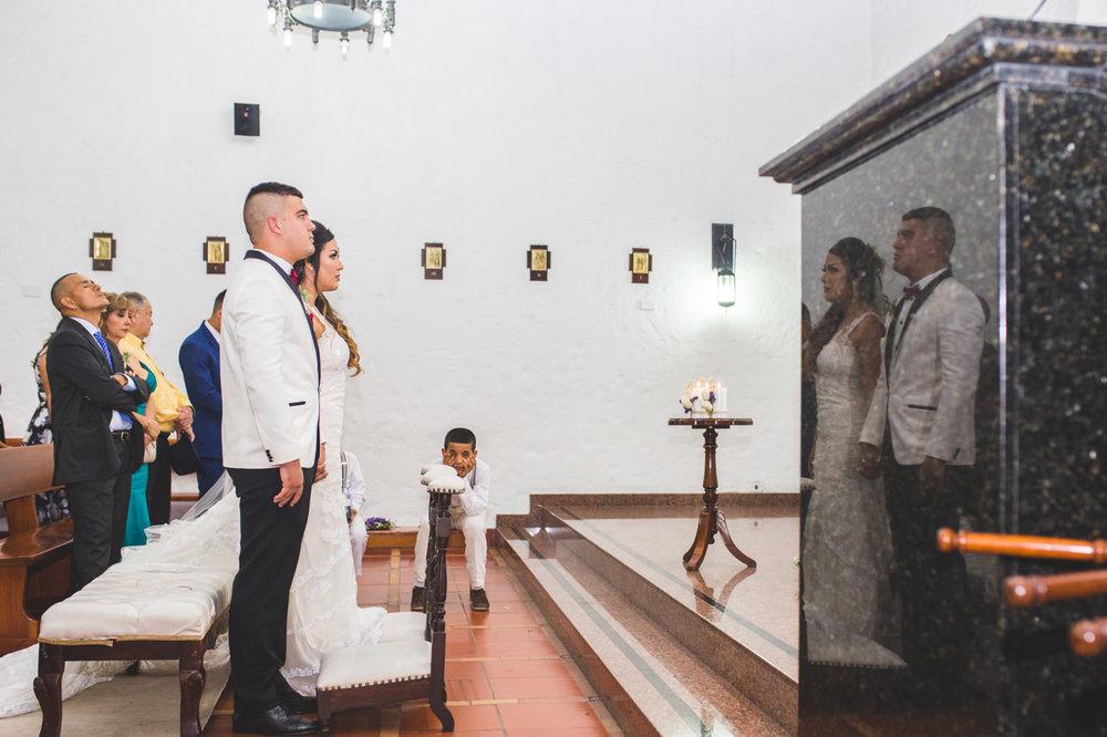 BodasMedellin-Medellin-Bodas-Matrimonios-Colombia-BodasColombia-WeddingColombia-WeddingPhotographer-Photographer-SantaMonicaPremium-SantaMonica-Eventos-Llanogrande (18).jpg