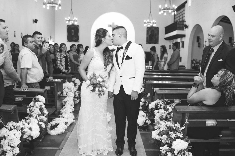 BodasMedellin-Medellin-Bodas-Matrimonios-Colombia-BodasColombia-WeddingColombia-WeddingPhotographer-Photographer-SantaMonicaPremium-SantaMonica-Eventos-Llanogrande (20).jpg