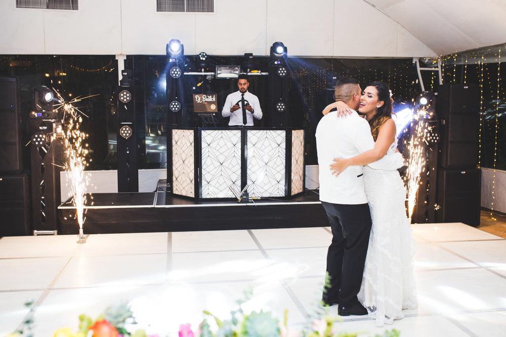 BodasMedellin-Medellin-Bodas-Matrimonios-Colombia-BodasColombia-WeddingColombia-WeddingPhotographer-Photographer-SantaMonicaPremium-SantaMonica-Eventos-Llanogrande (28).jpg