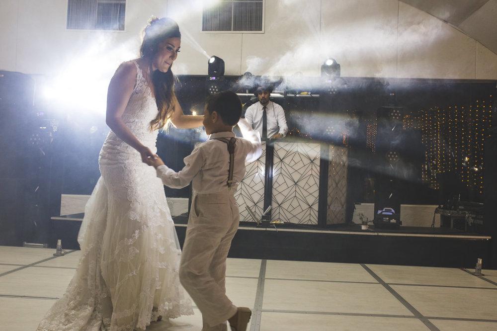 BodasMedellin-Medellin-Bodas-Matrimonios-Colombia-BodasColombia-WeddingColombia-WeddingPhotographer-Photographer-SantaMonicaPremium-SantaMonica-Eventos-Llanogrande (29).jpg