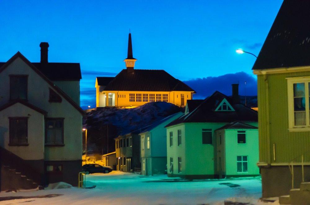 Holmvik_night_01-1.jpg