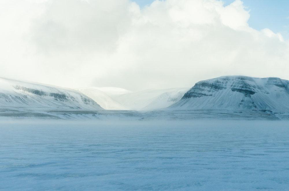 Road_to_Holmvik_2.jpg