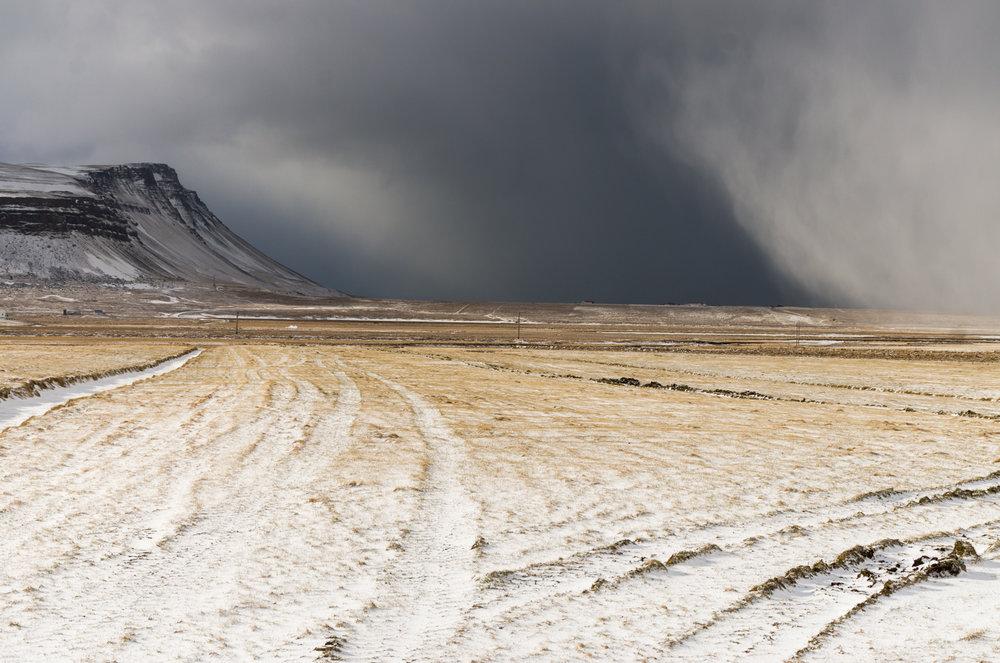 Road_to_holmvik_iceland.jpg