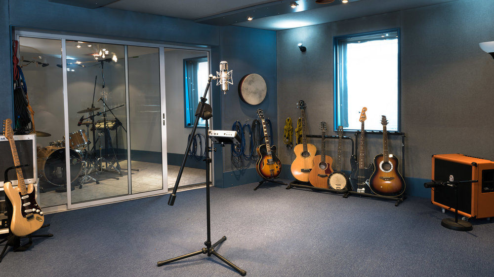 Studio-Room-01.jpg