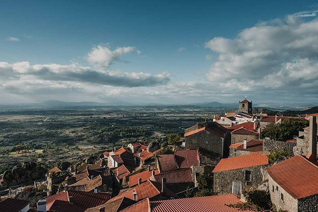 The stunning little town of  #Monsanto, #Portugal. . . . #travelphotography #pureportugal #landscapes #townscape #vista #view #travel #traveller #roadtrip #castelbranco