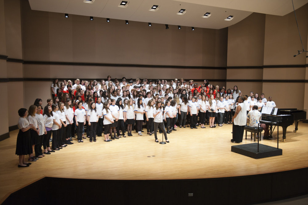 at12_hpms_choir_107.jpg