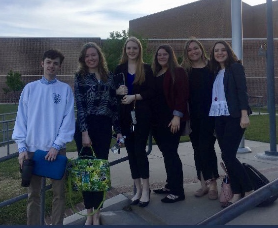 Joey, Wiley, Kylie, Bailee, Tyler and Jade prepare to head to the TX Social Media Conference to speak on a panel about utilizing digital citizenship and social media to do in good in communities.