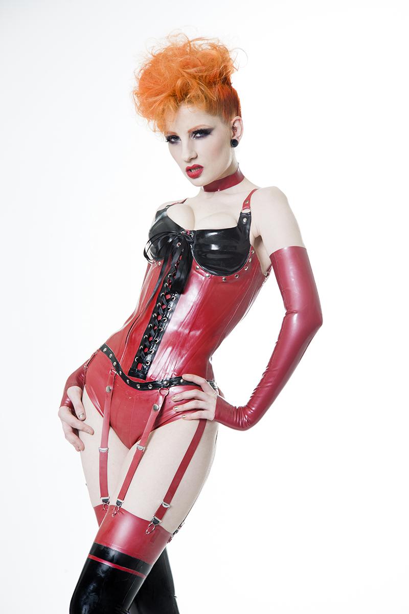 cirque bourgeois latex