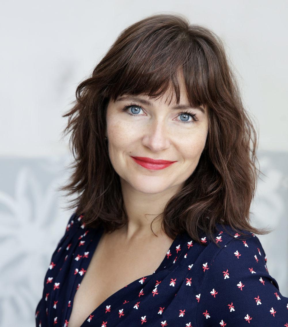 Om Stinemaria Mollie - Jeg er foredragsholder, underviser og forfatter til 4 bøger bl.a.