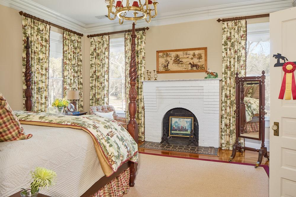 Horse-Bedroom-Web.jpg
