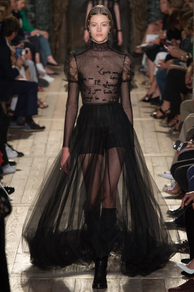Valentino Couture, Fall 2016