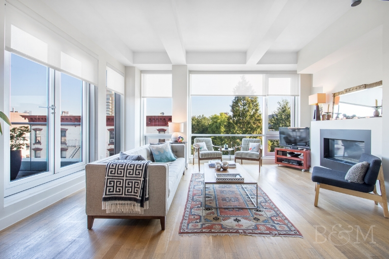 150 N5th St, #PHA - Williamsburg | Brooklyn    3 Bedroom // 2.5 Bath Days on Market — 78 Sold Date: May 2018 Sold Price:    $2,585,000