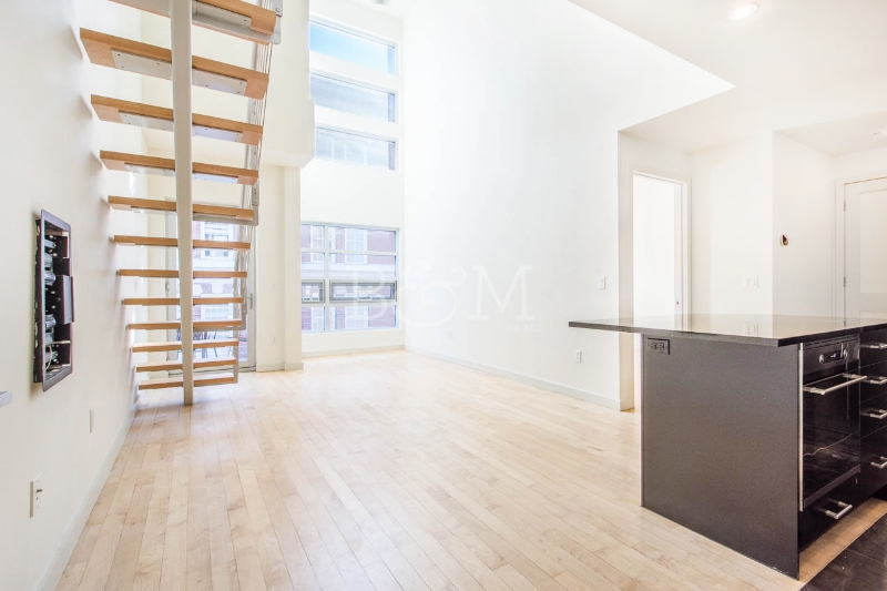 135 Conselyea St, #3A - Williamsburg | Brooklyn    2 Bedroom // 2 Bath Days on Market — 20 Sold Price:    $1,050,000