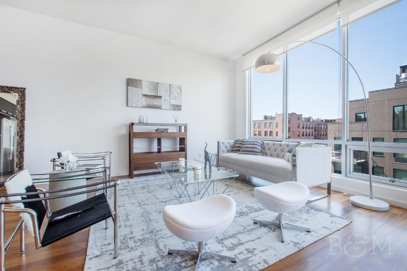 170 N11th St, #6D - Williamsburg | Brooklyn    2 Bedroom // 2 Bath Days on Market — 50 Sold Date: September 2014 Sold Price:    $1,289,000