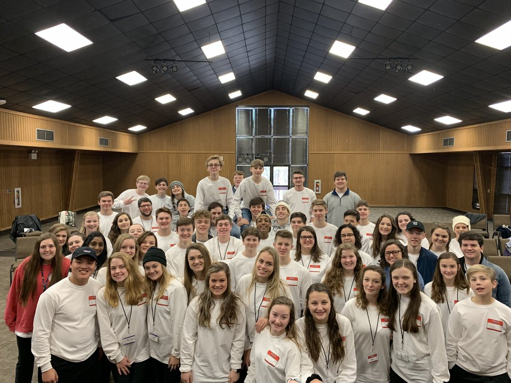 youth winter retreat group 2019.jpg