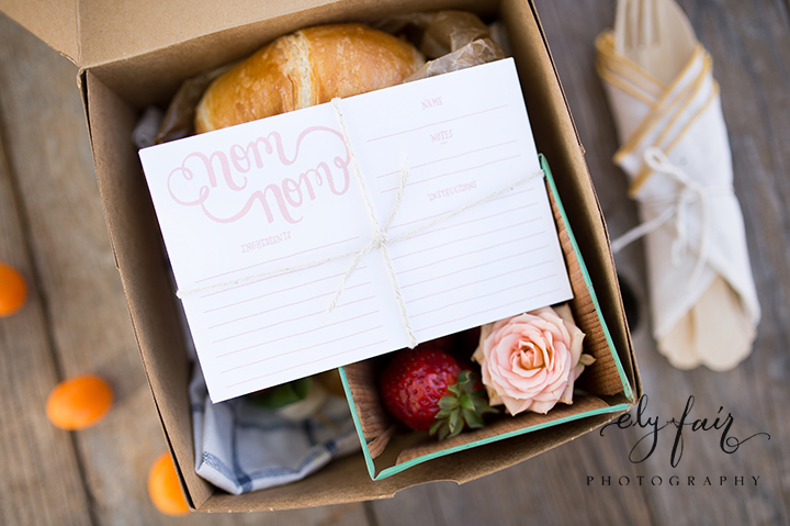 Mother's Day Picnic | Cuppies and Joe | Wednesday Custom Design | Juniper Design's Floral | Ely Fair Photography | Boxed lunch