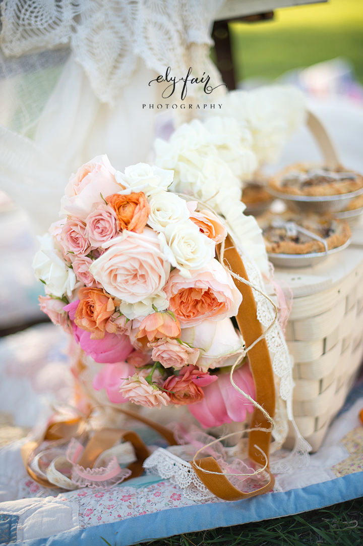 Mother's Day Picnic | Cuppies and Joe | Wednesday Custom Design | Juniper Design's Floral | Ely Fair Photography | Floral Basket