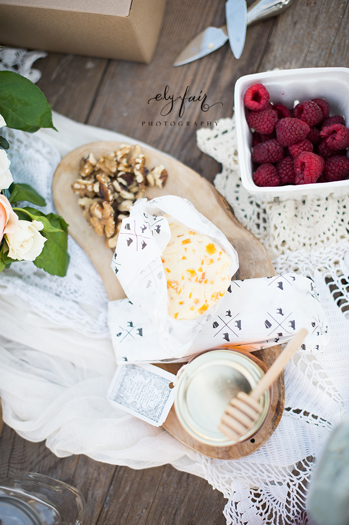 Mother's Day Picnic | Cuppies and Joe | Wednesday Custom Design | Juniper Design's Floral | Ely Fair Photography |