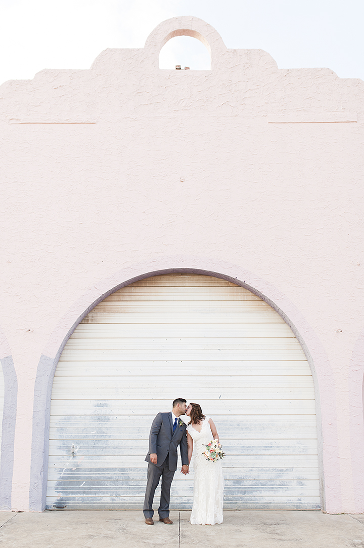 Oklahoma City Farmer's Public Market Wedding | Ely Fair Photography©