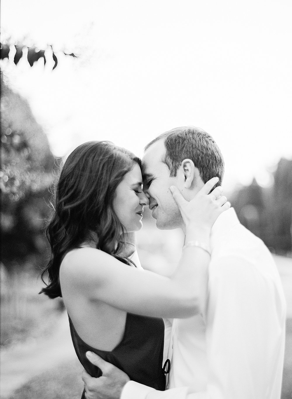 Ely Fair Photography | Philbrook Tulsa Oklahoma | classic Engagement Photos