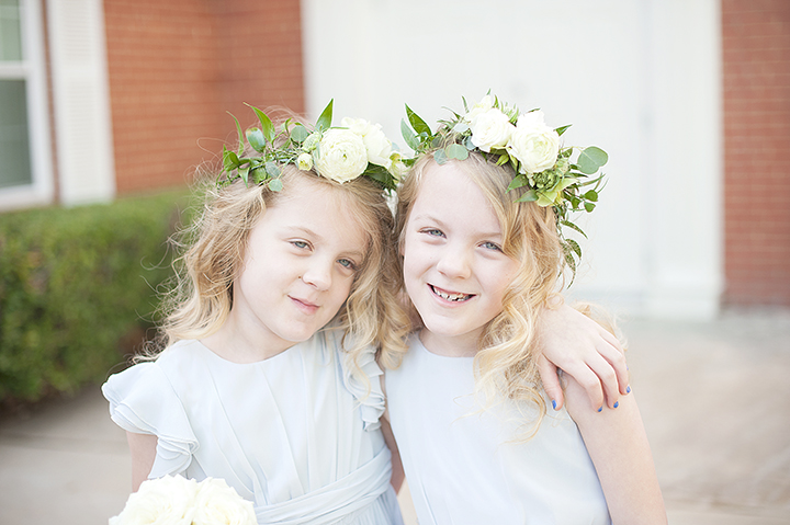 Ely Fair Photography | Oklahoma Wedding | Flower Girl Floral Crowns