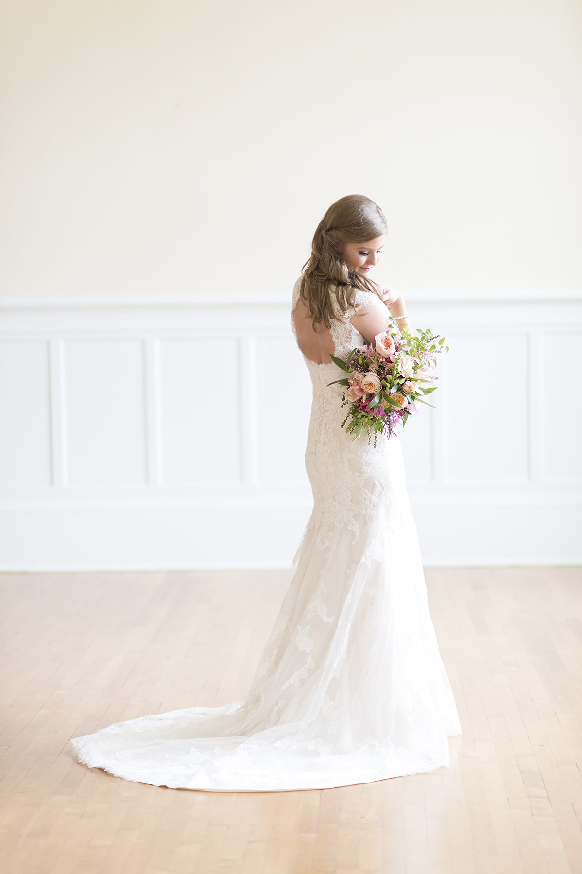 Ely Fair Photography | Oklahoma Wedding | Classic Bride
