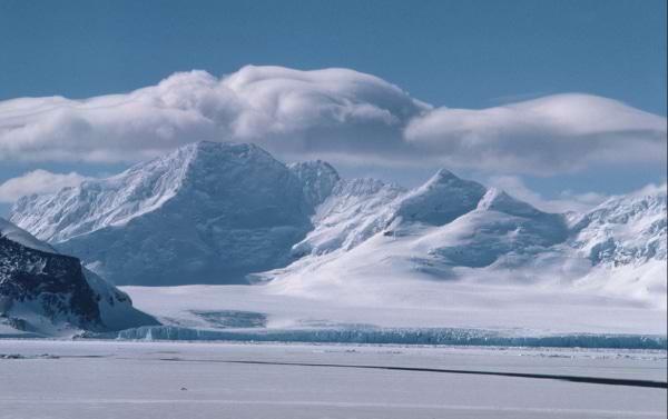 Antarctica-600x377.jpg