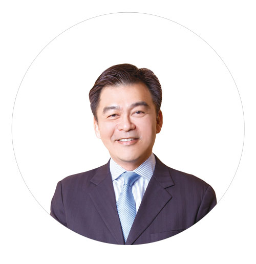 Lionel-Wong-photo-for-website.jpg