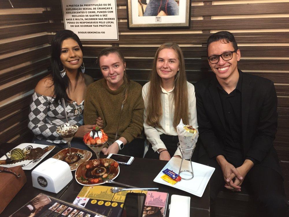 Brownie do Rapha med Jessica og Joubert! God kvalitet på både mat & mennesker.