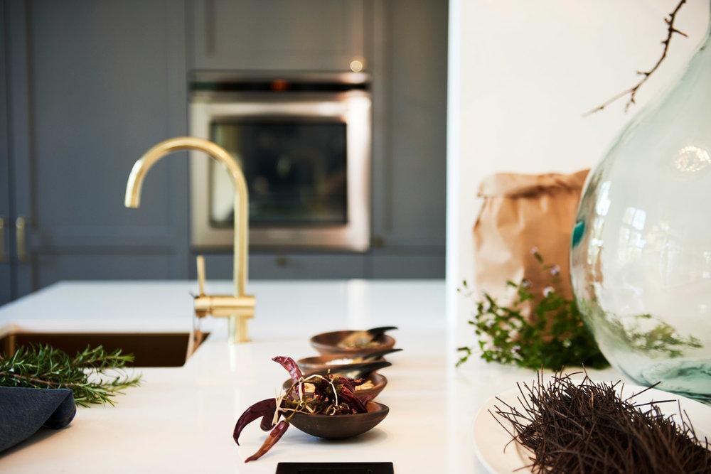 Handcrafted_interior_koekken_kitchen_shaker_detalje_DSC4685a_web.jpg